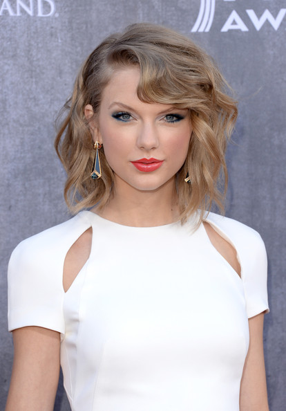Taylor+Swift+Arrivals+Academy+Country+Music+1